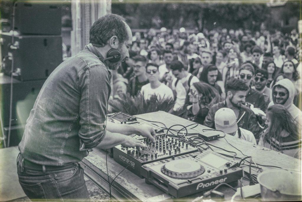 Etienne de Crécy DJ Concert